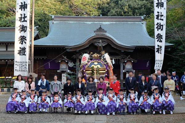 子安神社_三山七年祭神輿出御-写真01.jpg