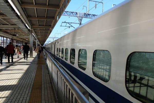 伊勢神宮参り_静岡駅-01.jpg